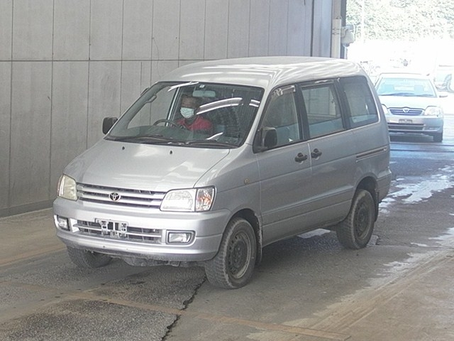 Автомобиль TOYOTA NOAH CR50 3CT 10.1998 года в разбор