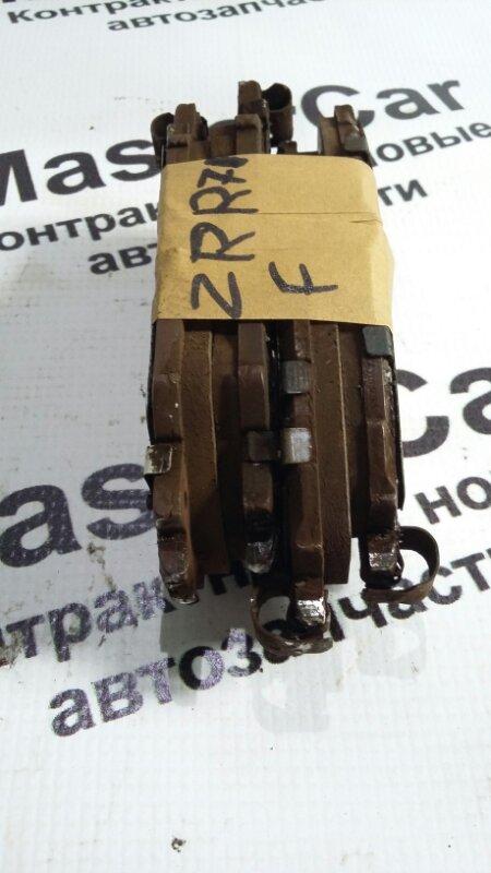 Тормозные колодки Toyota Noah ZRR70 3ZRFE переднее (б/у) Toyota 04465-42160