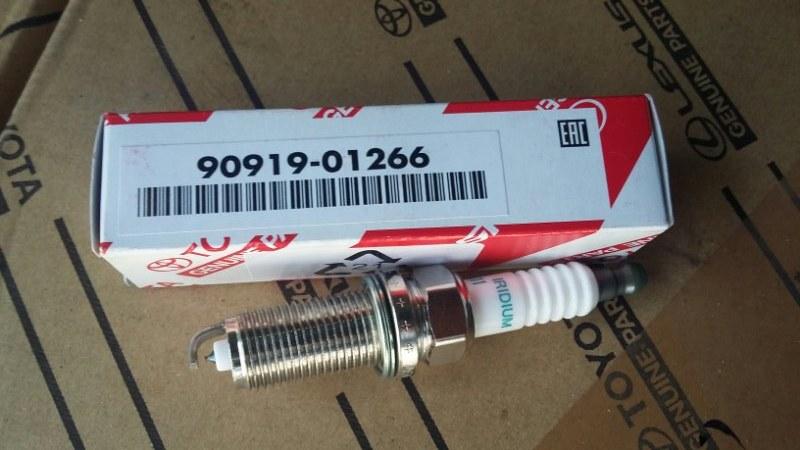 Свеча зажигания Toyota Land Cruiser Prado 150 2TRFE sk20hr-a11 toyota 90919-01266