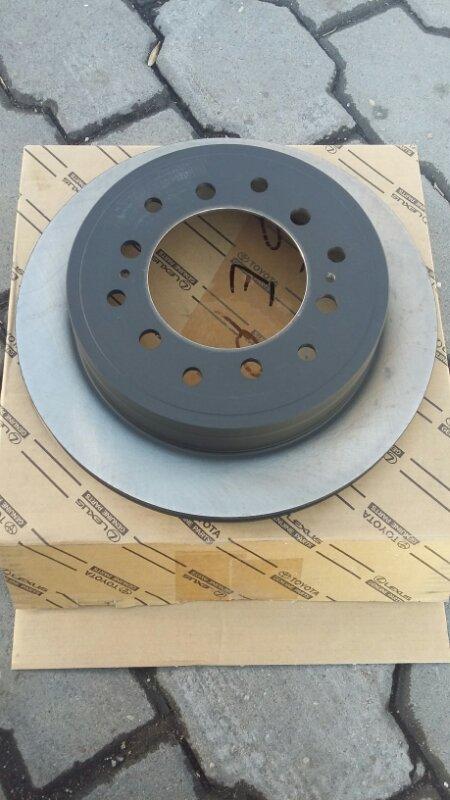 Тормозной диск Toyota Land Cruiser Prado 150 2TRFE задний toyota 42431-60311