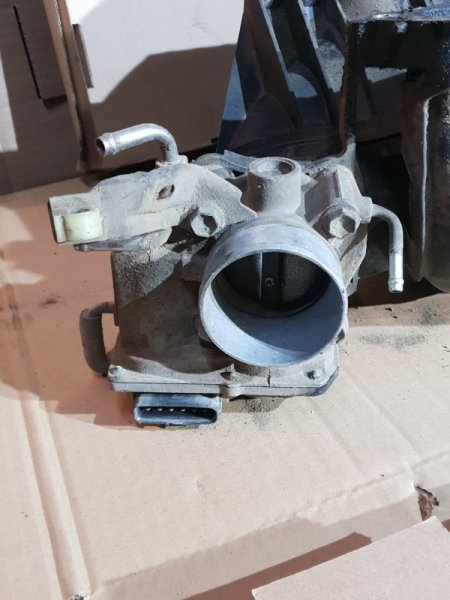 Блок дроссельной заслонки Toyota Rav4 III (XA30) 2 2008 (б/у)