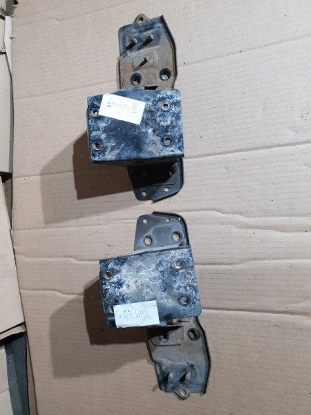 Кронштейн Infiniti Fx S50 3.5 280Л.С 2007 передний (б/у)
