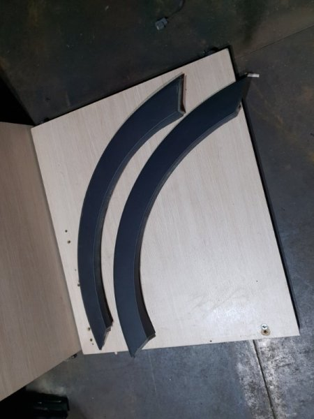 Накладка на крыло Kia Sportage III 2.0 150 Л.С 2015 задняя (б/у)