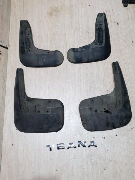 Брызговик Nissan Teana L33 2.5 173 Л.С 2015 (б/у)
