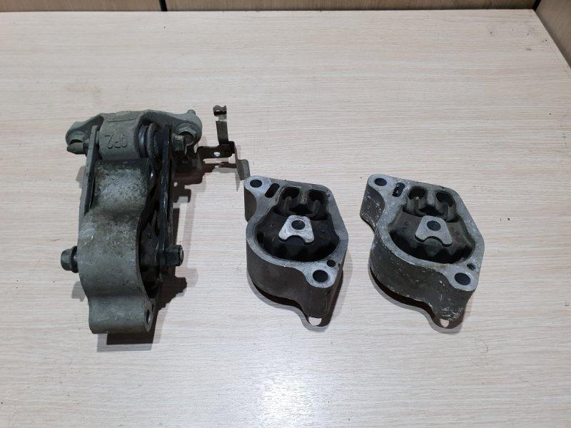Подушка двигателя Nissan Teana L33 2.5 173 Л.С 2015 задняя нижняя (б/у)