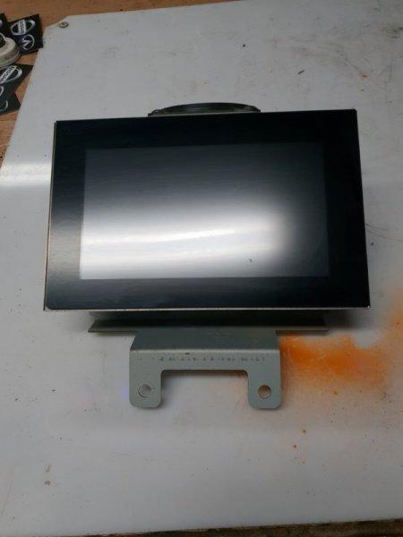 Экран магнитолы Infiniti M Y50 3.5 280 Л.С 2007 (б/у)