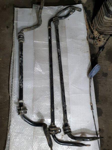 Стабилизатор Nissan Juke I 1.6 Л / 117 Л.С. 2012 задний (б/у)