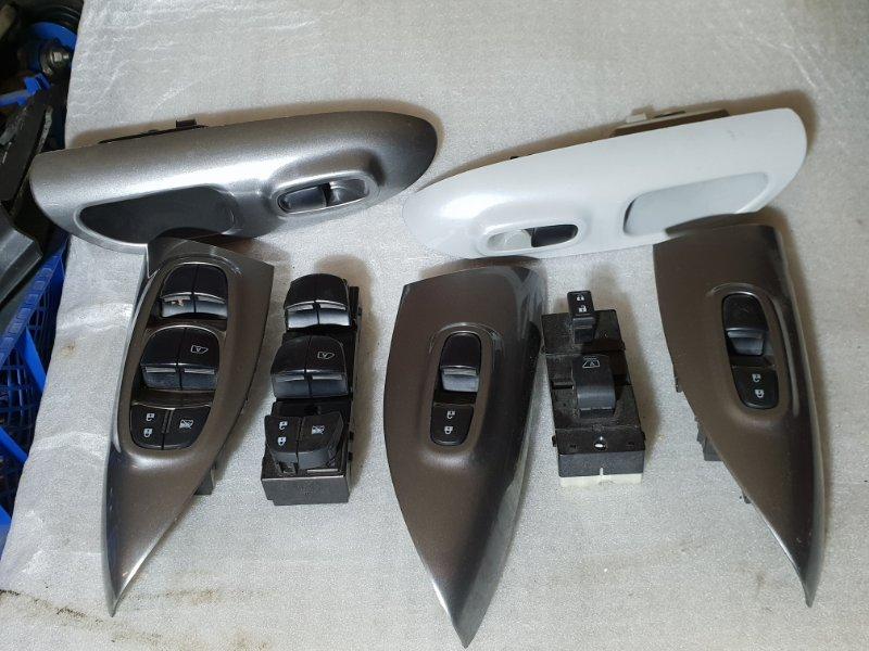 Блок управления стеклами Nissan Juke I 1.6 Л / 117 Л.С. 2012 передний правый (б/у)