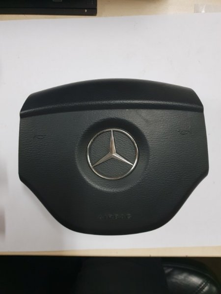 Аирбаг на руль Mercedes-Benz Gl-Klasse I X164 5.5 Л. 388 Л. С 2008 передний (б/у)