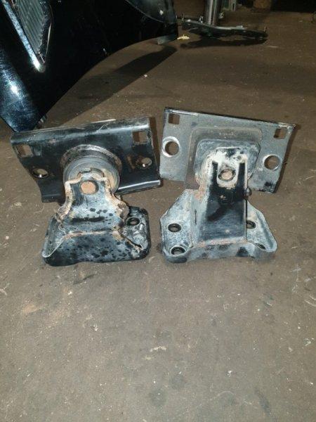 Подушка двигателя Infiniti Qx56 Z62 5.6 405 Л.С 2011 (б/у)
