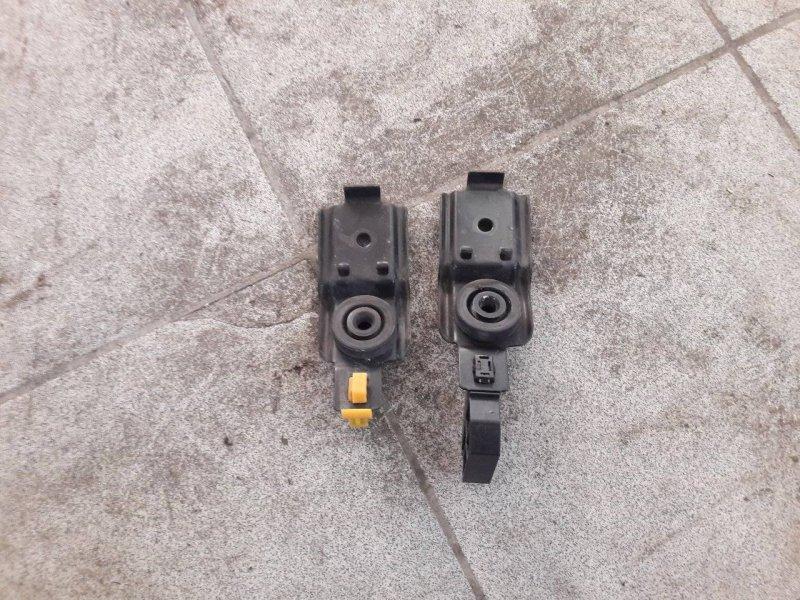 Крепление радиатора Subaru Impreza GD (б/у)