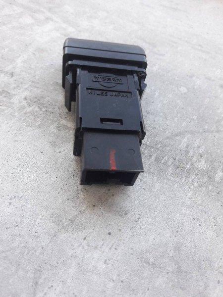 Кнопка обогрева заднего стекла Subaru Forester SF5 задняя (б/у)