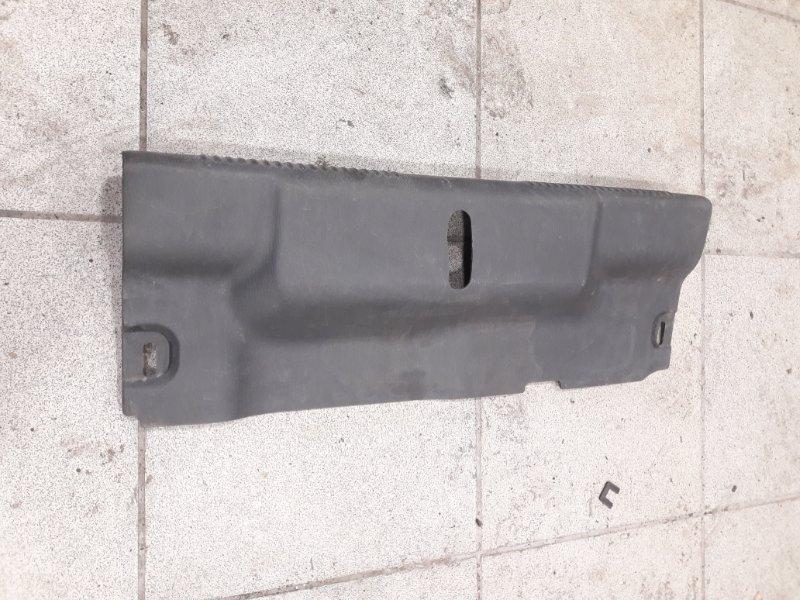 Пластик замка багажника Subaru Impreza GDB 2003 (б/у)