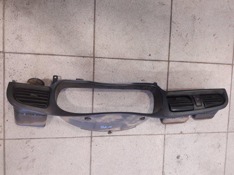 Консоль панели приборов Subaru Legacy BH5 EJ206 2001 (б/у)