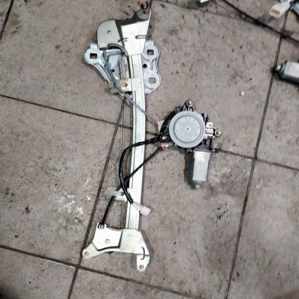 Стеклоподъемник Toyota Crown JZS151 1JZ 1999 задний правый (б/у)