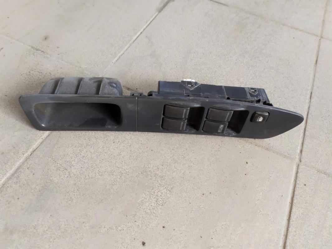 Блок управления стеклоподъемниками Subaru Impreza GG3 EJ152 2001 передний правый (б/у)