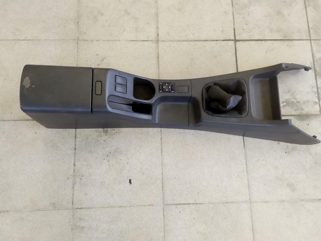 Подлокотник Subaru Impreza GG3 EJ152 2001 (б/у)