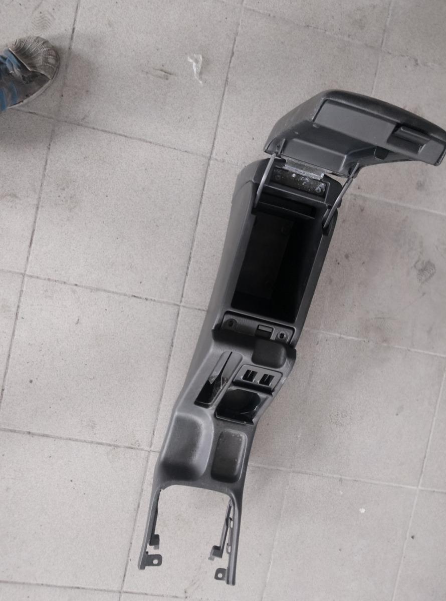 Подлокотник Subaru Legacy BE5 EJ208 1999 (б/у)