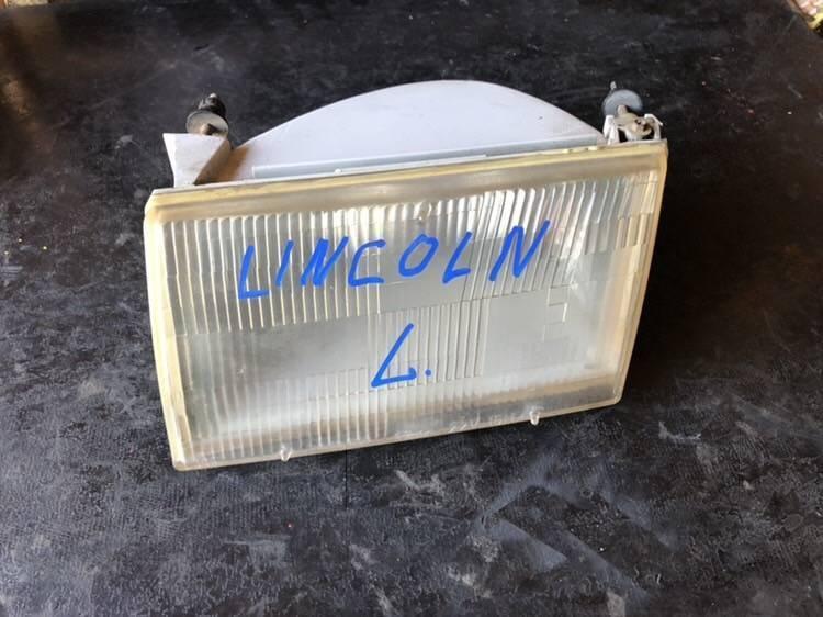 Противотуманные фары Lincoln Continental 1994 левое (б/у)
