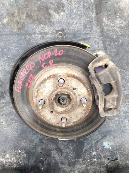 Ступица Toyota Funcargo правая (б/у)