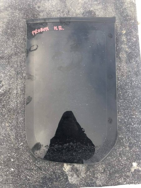 Стекло Toyota Probox заднее правое (б/у)