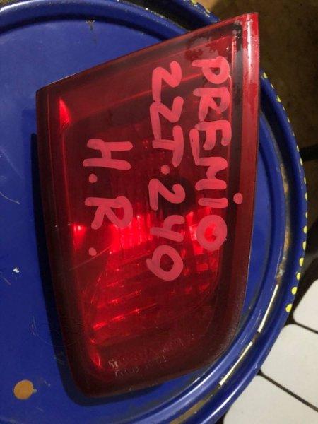 Стоп сигнал Toyota Premio AZT240 (б/у)