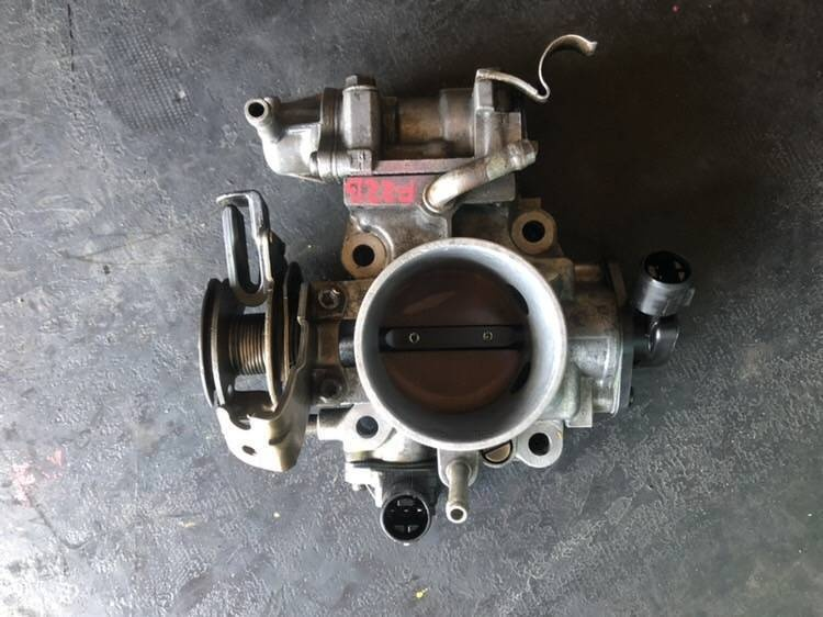 Дроссельная заслонка Honda Accord F22B5 (б/у)