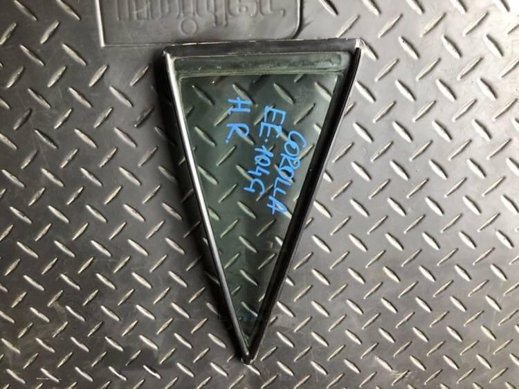 Форточка двери Toyota Corolla EE104 задняя правая (б/у)