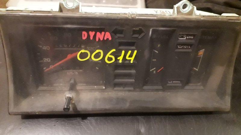 Щиток приборов Toyota Dyna 3Y (б/у)