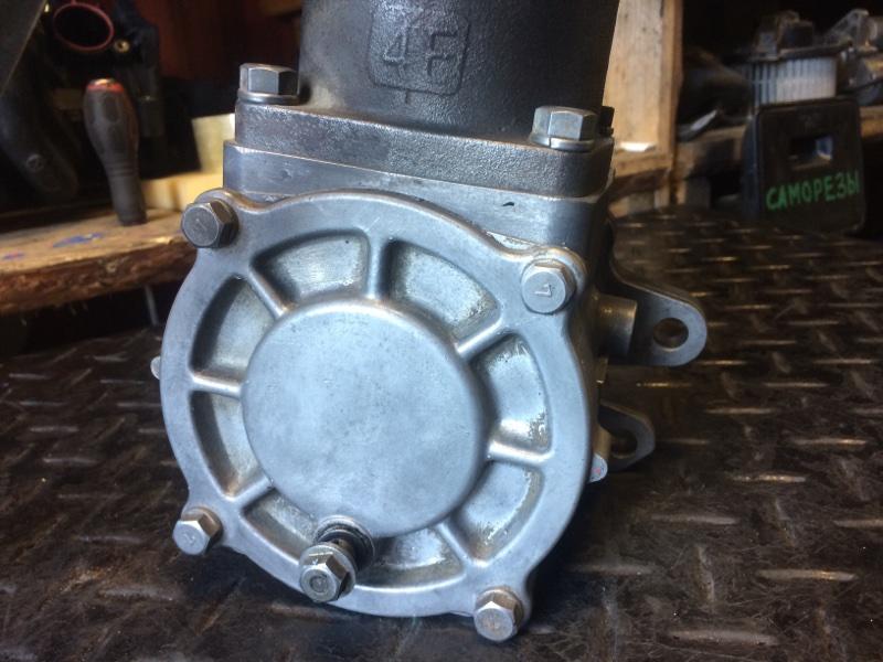 Воздушный компрессор Nissan Diesel Ud FE6 (б/у)