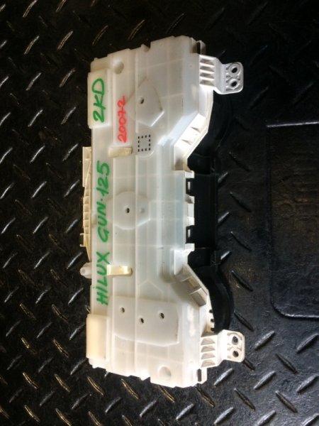 Щиток приборов Toyota Hilux GUN125 2KDFTE (б/у)