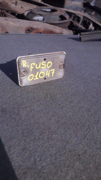 Плафон освещения Mitsubishi Fuso FK616H 6D16 1995 правый нижний (б/у)