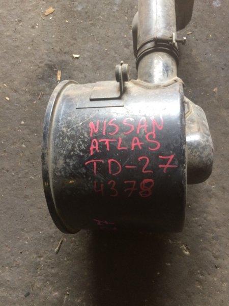 Корпус воздушного фильтра Nissan Atlas TD-27 (б/у)