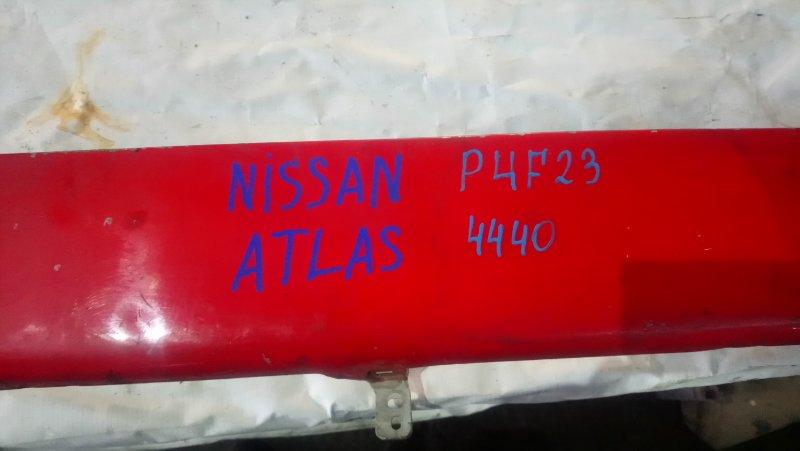 Декоративная накладка Nissan Atlas P4F23 (б/у)