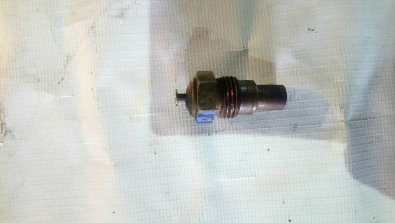 Датчик температуры охлаждающей жидкости Isuzu Elf 4HF1 (б/у)
