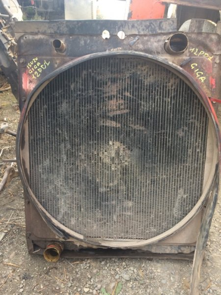 Радиатор Isuzu Giga CXZ72 12PD1 1992 (б/у)