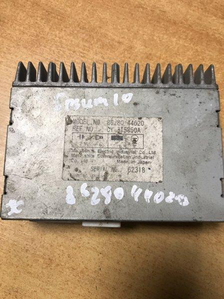Блок управления антенной Toyota Ipsum SXM15 (б/у)