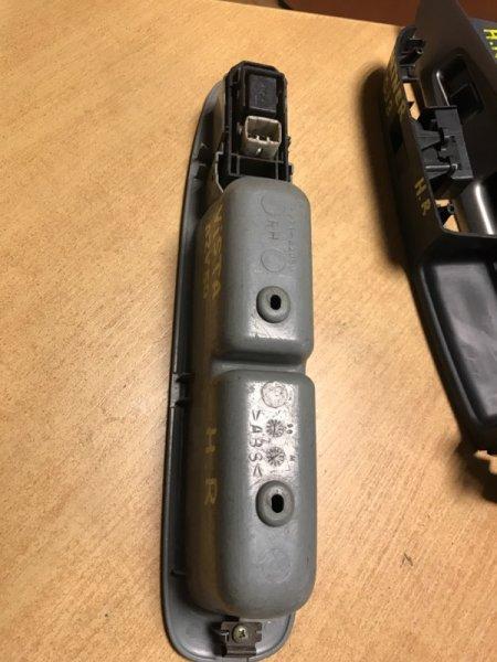 Кнопка стеклоподъёмника Toyota Vista AZV50 задняя правая (б/у)