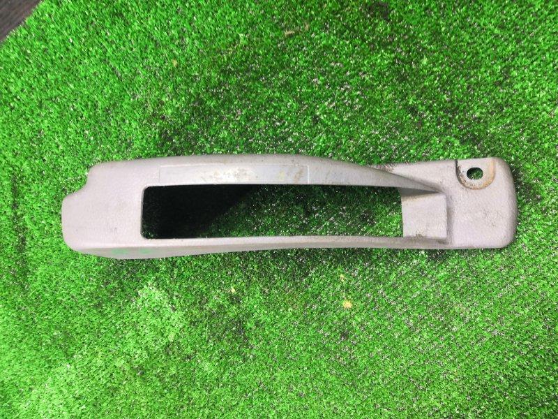 Кожух ручника Mitsubishi Canter FE73D 4M51 (б/у)
