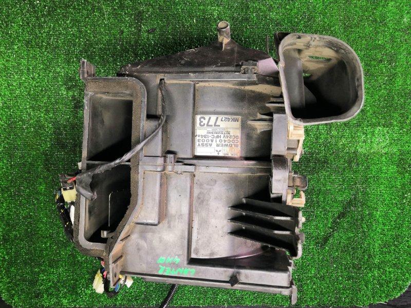 Корпус моторчика печки Mitsubishi Canter FE73D 4M51 (б/у)