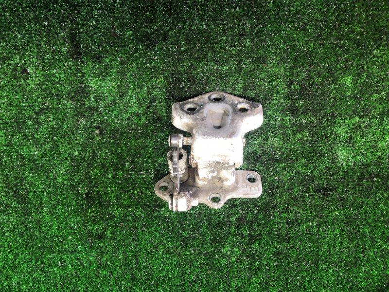 Петля двери Mazda Titan (б/у)