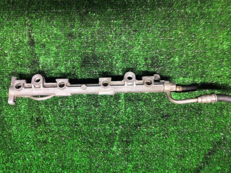 Топливная рампа Toyota 5EFE (б/у)