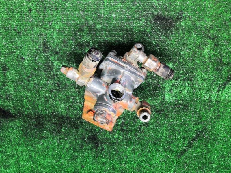 Ускорительный клапан Hino (б/у)