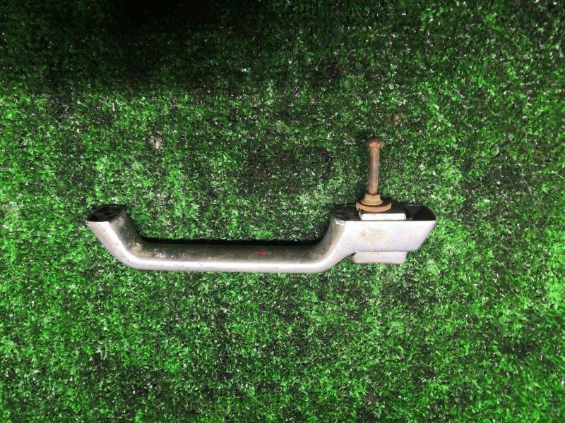 Ручка двери Mitsubishi Fuso правая (б/у)