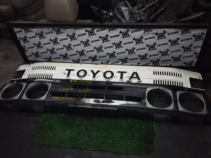 Облицовка кабины Toyota Dyna (б/у)