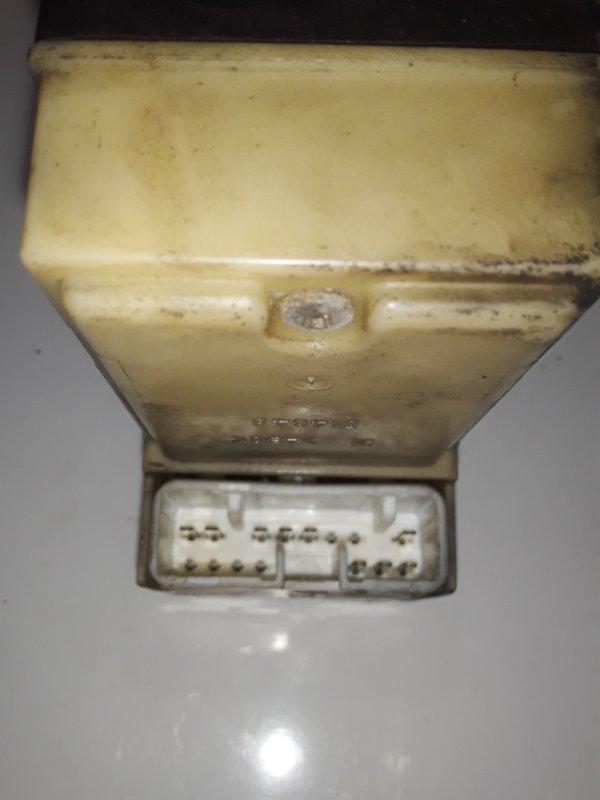 Блок управления стеклоподъемниками Mitsubishi Canter (б/у)