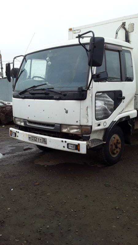 Кабина Nissan Diesel Ud MK250 FE-6 (б/у)