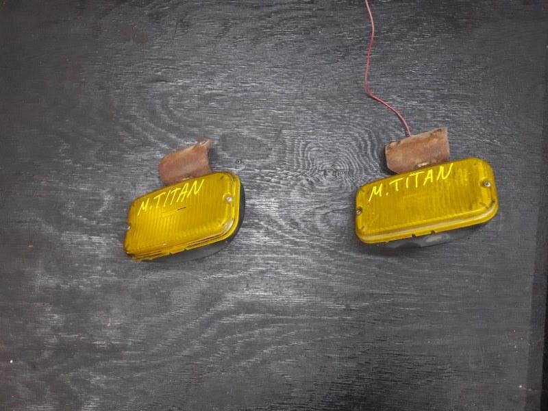 Противотуманные фары Mazda Titan (б/у)