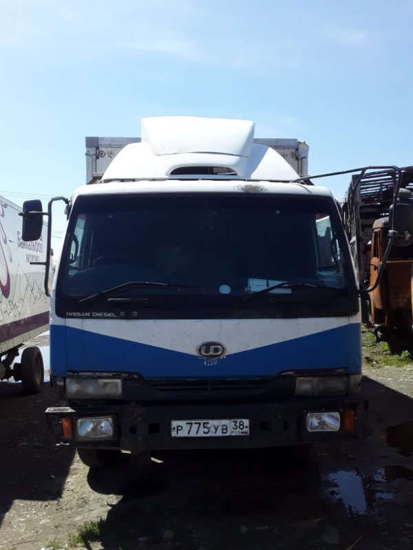 Кабина Nissan Diesel Ud FE6 (б/у)