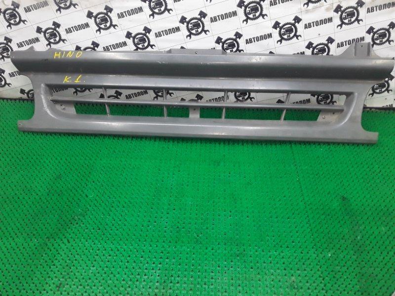 Решетка радиатора Hino Ranger (б/у)